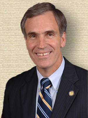 Photo of Representative Tom Allen, upper body, facing forward