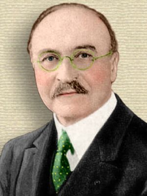 Photo of Leo Baekeland, head and shoulders, facing forward Colorization © todayinsci.com