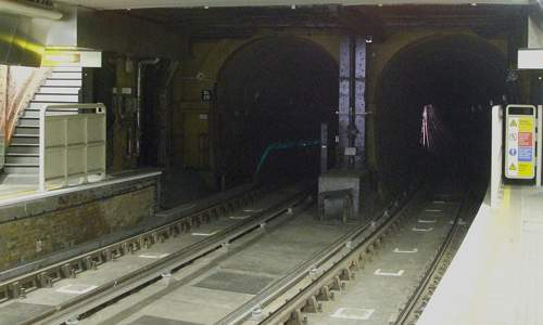 Photo of Thames Tunnel northern portals viewed from the underground platform of Wapping station