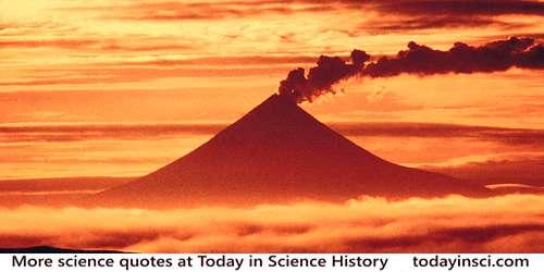 Sunset, Mount Shishaldin Volcano, Japan from skeeze on Pixabay CC0