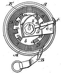 Patent diagram interior of circular case, tape wound around drum on axle