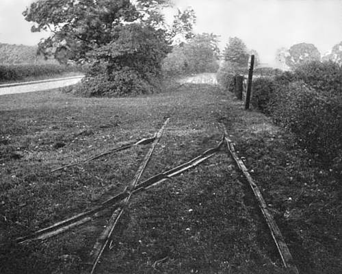 Photo of a remnant of the tracks of an Outram Way.