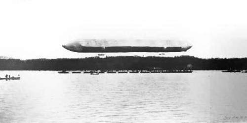 Fig. 4—Photo of the ascent of the airship from the lake surface